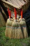 broom-1437605__480